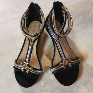 Size 7 Obsessed black strappy sandles with jewels